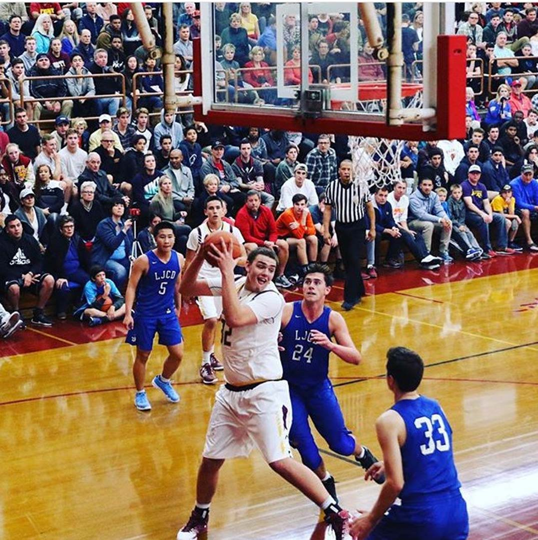 Torrey Pines defeats Fairfax, La Jolla Country  Day to kick off Under Armour Holiday Classic