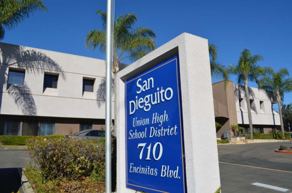 Projected $9.7 million deficit alarms some at SDUHSD