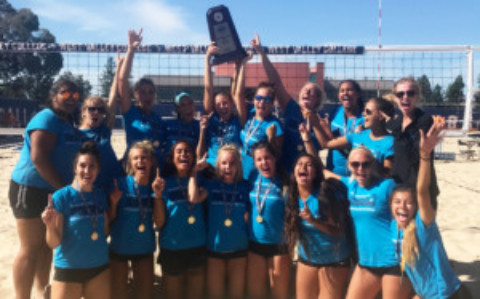 MiraCosta Volleyball Stars – Beach Team Undefeated