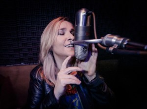 "Melissa Etheridge, who is slated to appear May 24 at Humphrey's Concerts By The Bay in San Diego, talks about her new album comprised of covers of classic soul songs, titled, ""Memphis Rock and Soul.""  Photo by Myriam Santos."