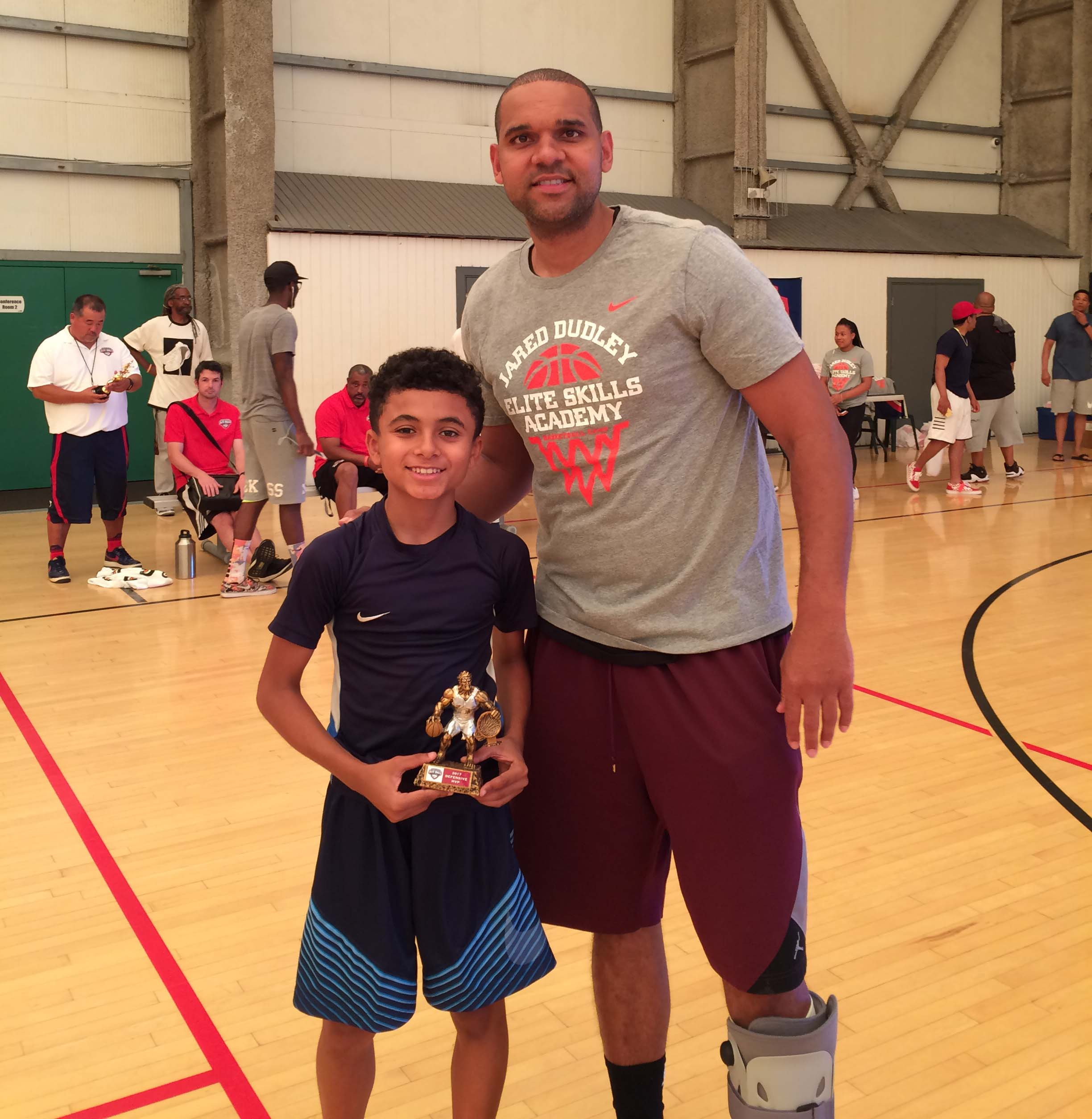 Top basketball players flock to Dudley camp