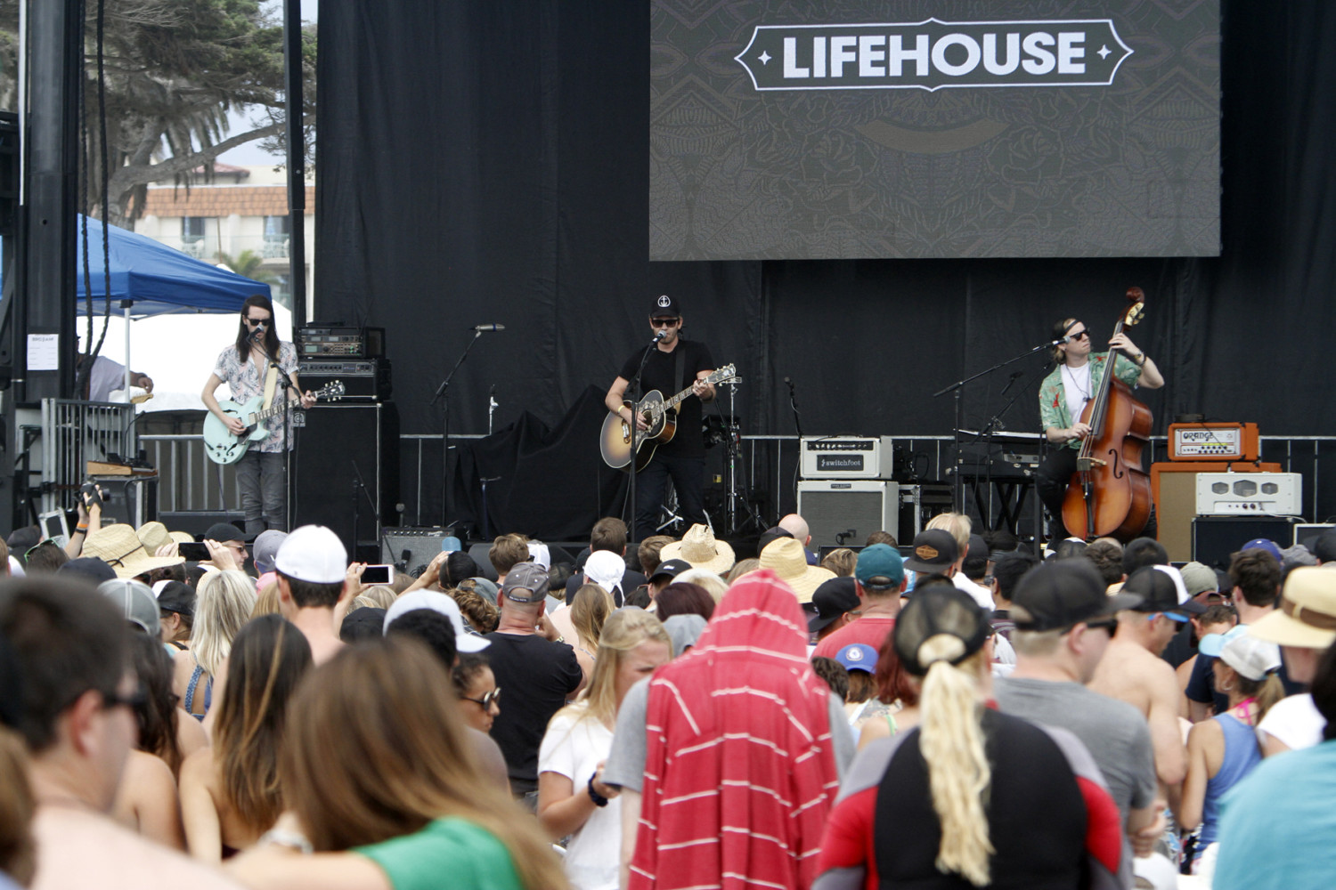 Lifehouse opens for Switchfoot at the June 24 Bro-Am. Photo by Pat Cubel