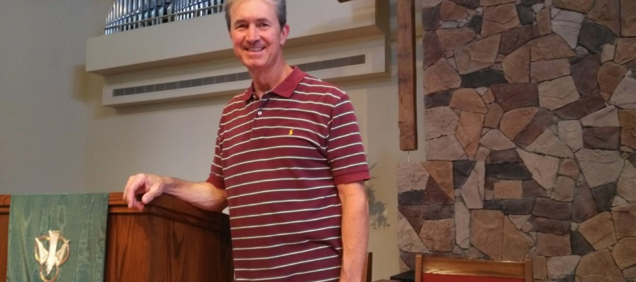 Congregation says farewell to longtime pastor