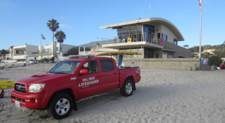 Fired lifeguard chief files complaint against Del Mar