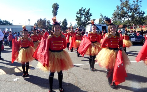 Vista turns out for parade
