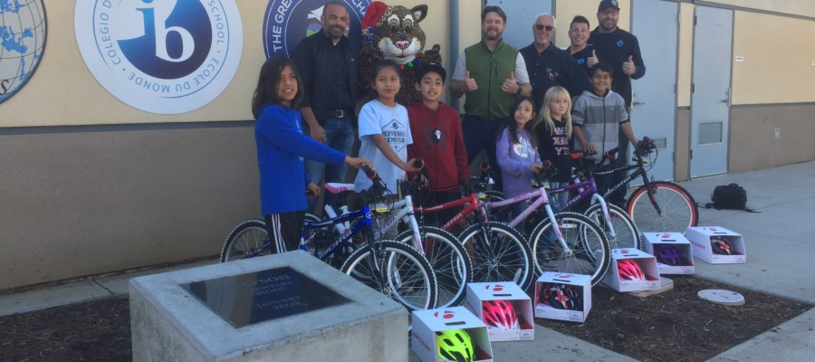 Clubs give new bikes  to elementary students