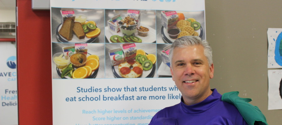 Vista school takes part in National School Breakfast Week