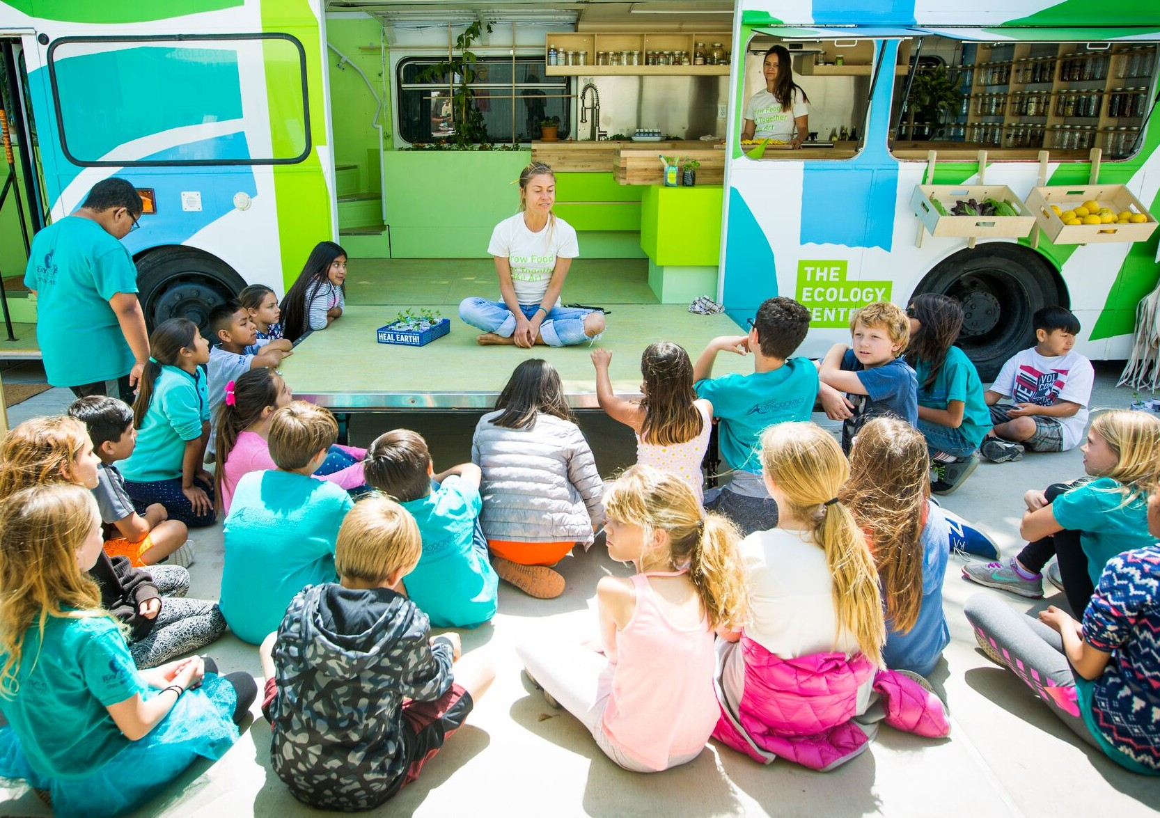 ecology lab old chelsea Ten-year-old breanna  bringing field trips to the schools with an ecology lab on wheels the ecology  according to chelsea huddleston, the ecology.