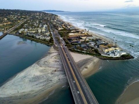 Voters may decide the size of oceanfront homes