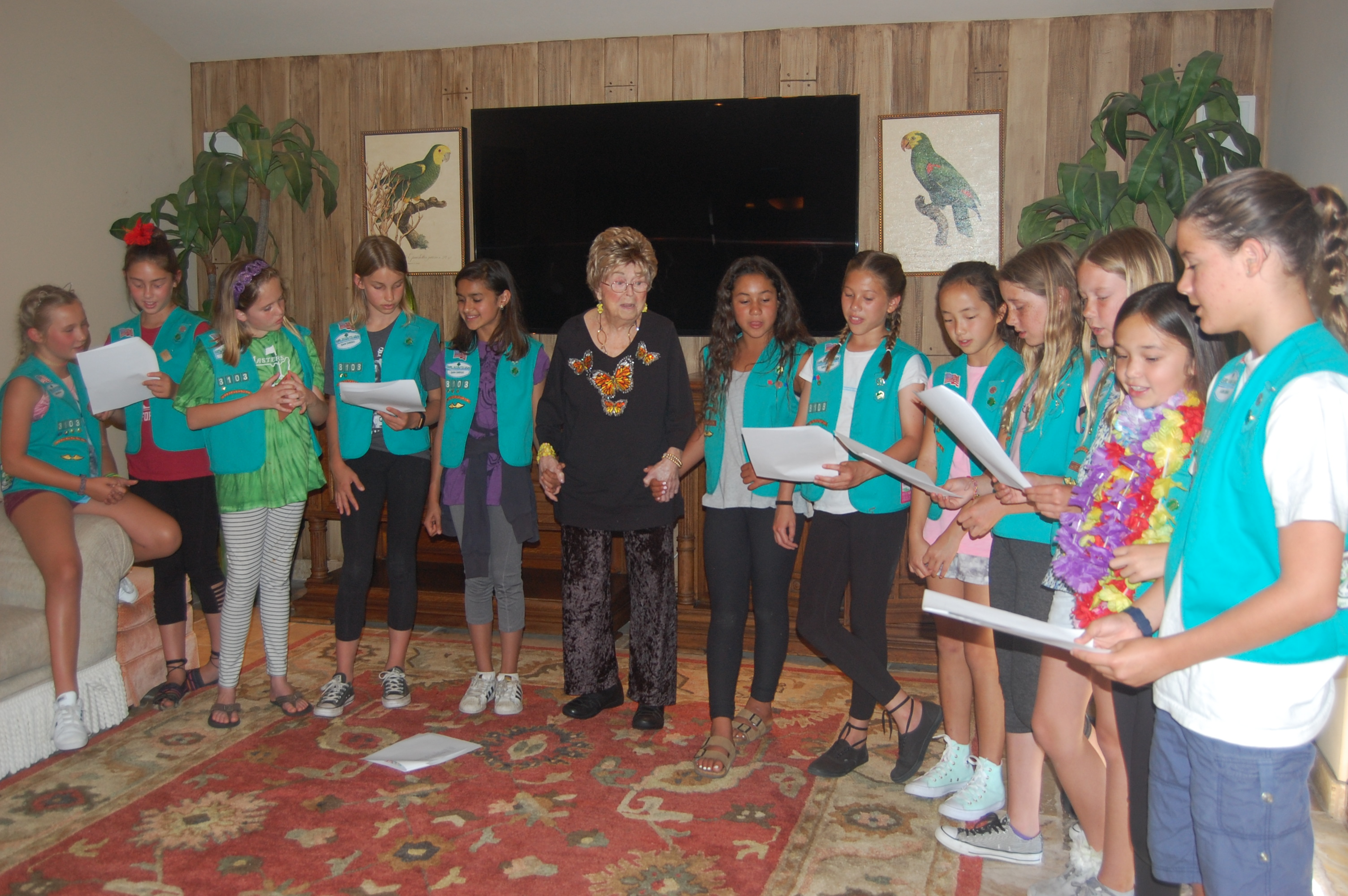 Girls Scouts entertain seniors
