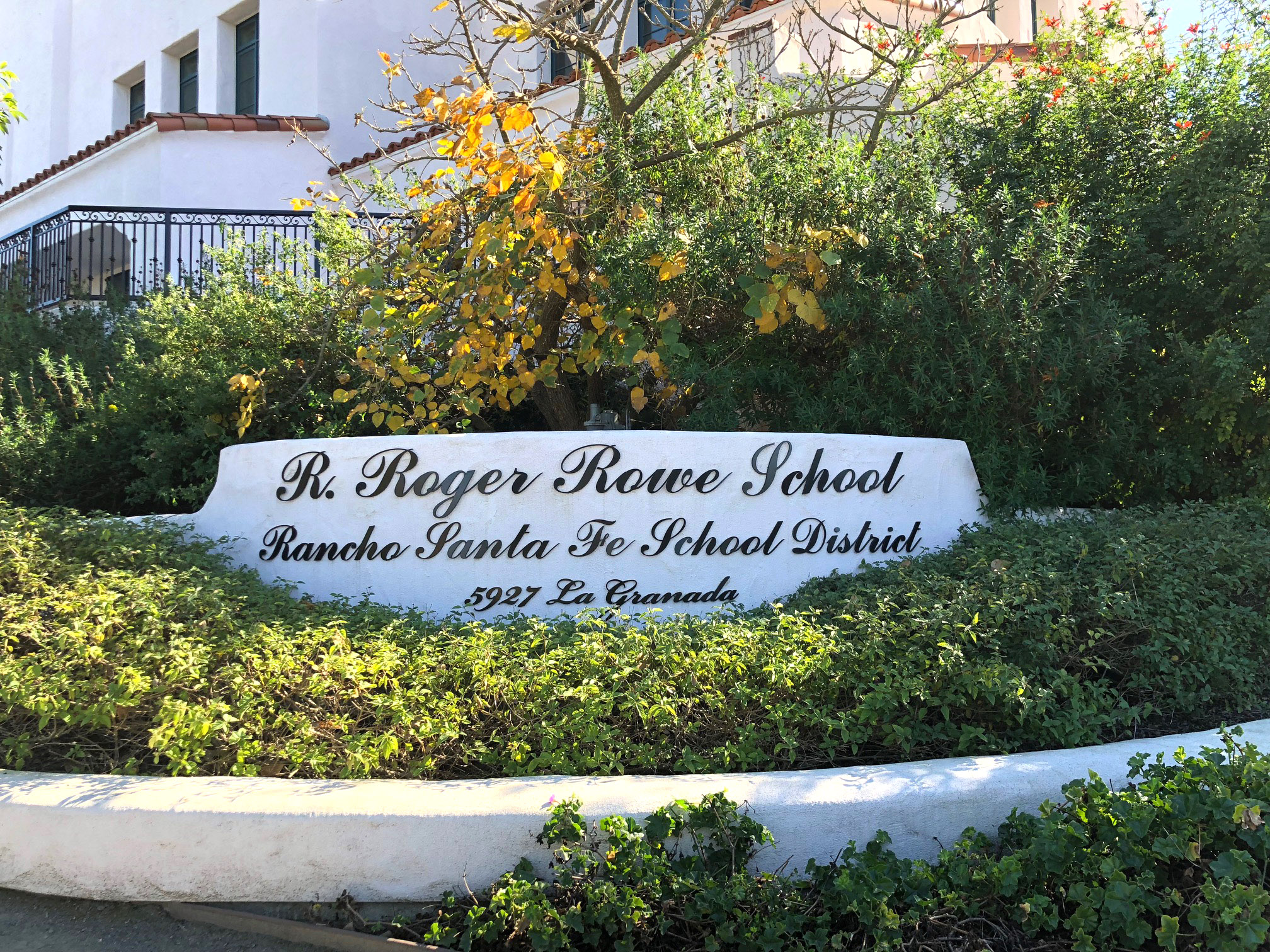 RSF School Board unanimously approves safety consultant at special meeting