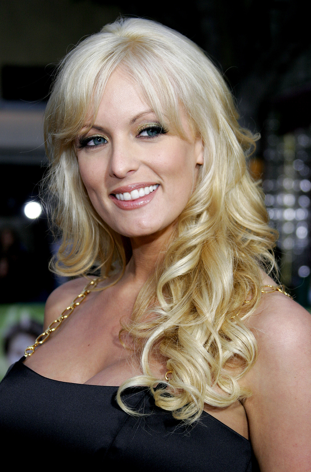 Porn star in Trump controversy will reportedly bring tour to San Diego