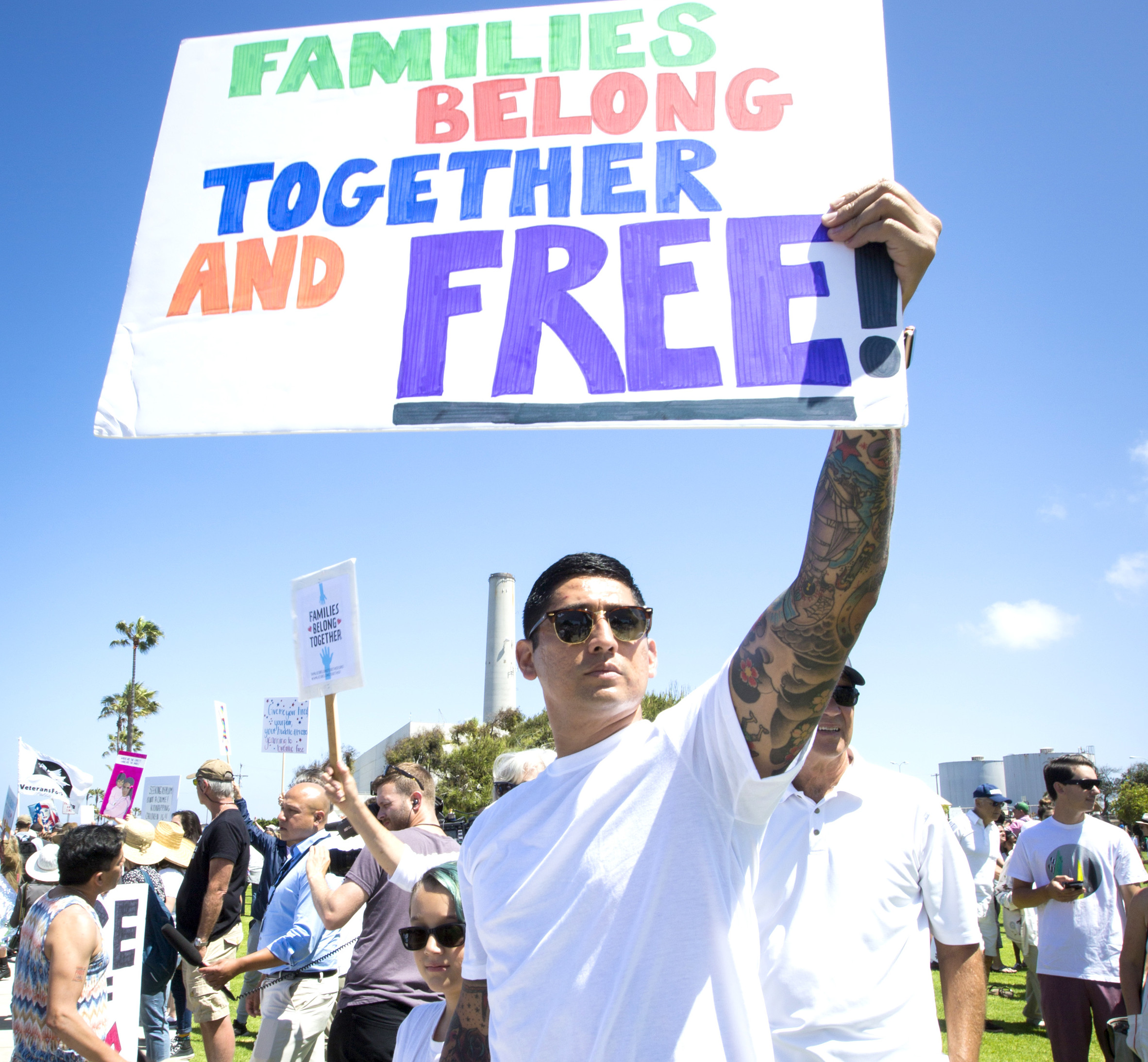 Trump administration, ACLU continue fight over reuniting immigrant families