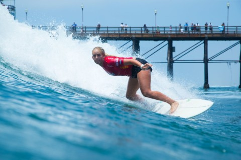 Day 1 Results: Surfing stakes get higher at Supergirl Pro