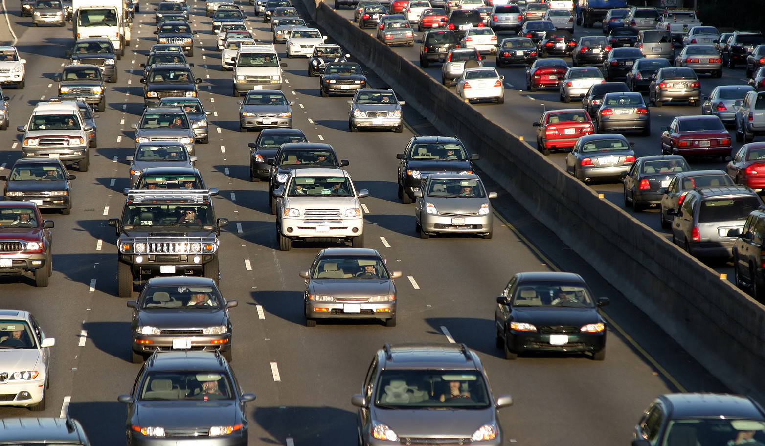 Southbound Highway 101 lane closed until April 15