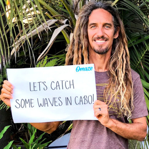 Local stars offer trip to Cabo for charity