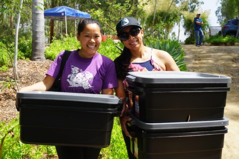 Vista residents learn to compost, reduce waste
