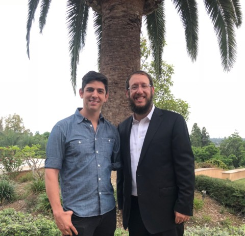 Speaker shares how he returned to combat as Israeli sharpshooter after losing arm
