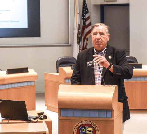 Longtime city leaders Lowery, Kern attend final council meeting