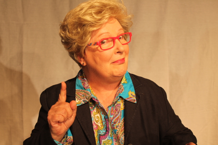 Vista theater presents 'Becoming Dr. Ruth'