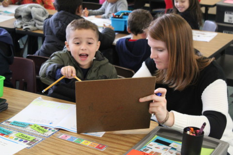 Vista kindergartners take on dual immersion program