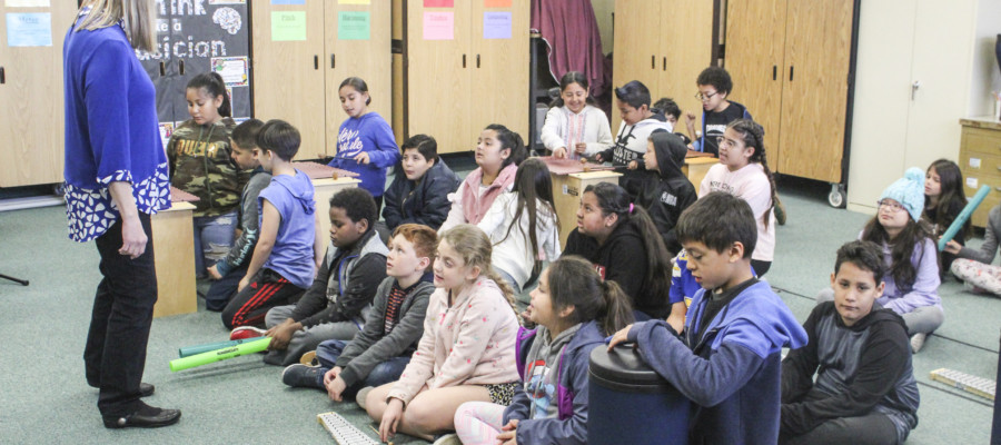 Grapevine school receives VH1, Sound United grant