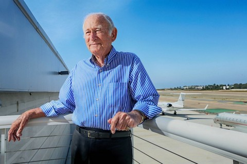 California Pacific Airlines retains investment firm, plans return to skies